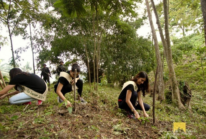 Miss Philippines Earth 2014 winners planting trees at Decela Ecotourism Park In Brgy. New Passi
